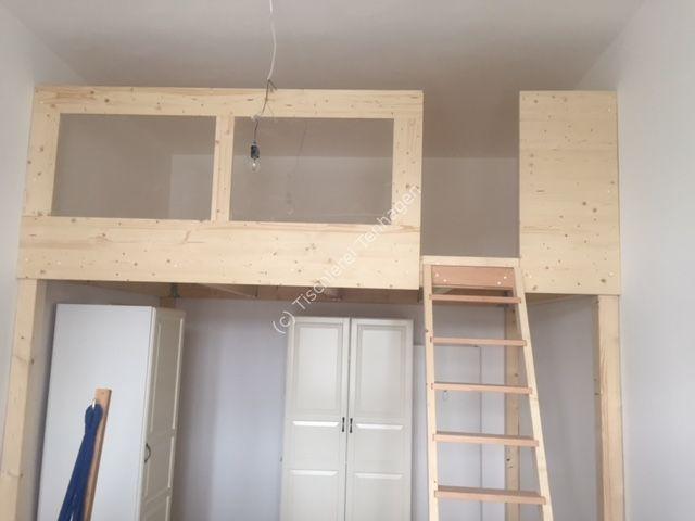 Hochbett mit Plexischeiben und  Leiter